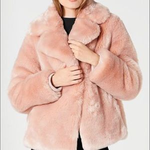 Forever21 Women's blush fur coat size 3x